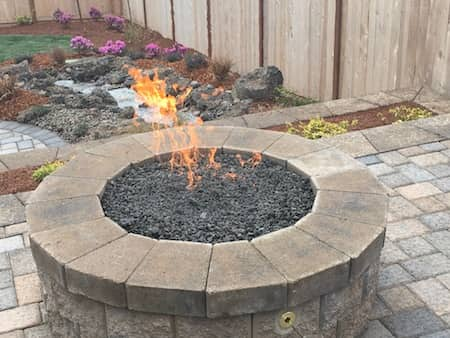 Paver patio fireplace